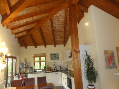 aichach extravagantes bungalow im mediterranen stil bungalow aichach 2a4um42. Black Bedroom Furniture Sets. Home Design Ideas