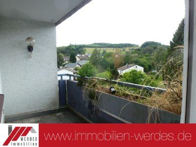 Stadtnahe, schöne 3 Zimmer Wohnung (ETW, 3. OG) mit Garage u. 2 Balkonen
