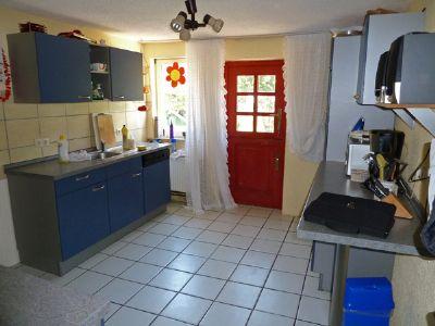 Küche mit Gartenausgang