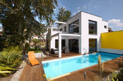 Bauhausvilla Gartenseite