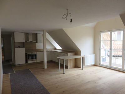 topsanierte stadtwohnung mit balkon etagenwohnung n rdlingen 27jh84c. Black Bedroom Furniture Sets. Home Design Ideas