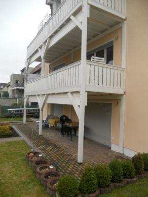 Terrasse vor Wohn- und Schlafraum