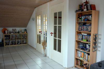 provisionsfreie eigentumswohnung mit traumblick ins maintal und garage etagenwohnung zellingen. Black Bedroom Furniture Sets. Home Design Ideas