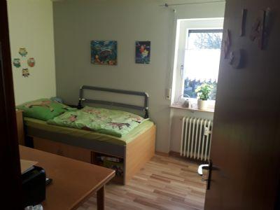 lage lage lage wohnen am fu e der achalm gepflegte 3 zimmer wohnung in park hnlicher. Black Bedroom Furniture Sets. Home Design Ideas