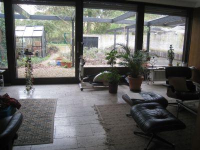 Wohnzimmer/rechts Zugang Esszimmer