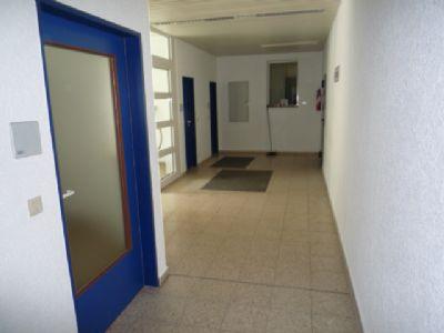 Zugang zu den Büros und Werkstatt
