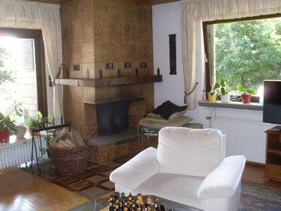Teilansicht Wohnraum mit Kamin