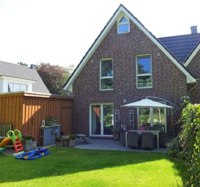 Neuwertige Doppelhaushälfte in schöner Wohnlage von Ofenerdiek