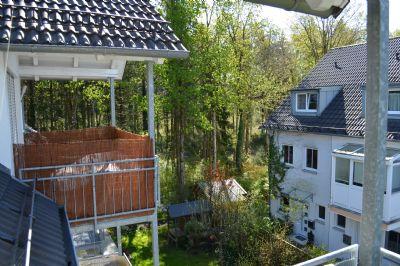 Schöne 3 Zimmer Dachgeschoss-Wohnung in Neukeferloh am Waldrand