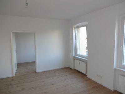 sch ne kleine wohnung f r 1 2 personen nicht wg geeignet etagenwohnung berlin 2b7uw4f. Black Bedroom Furniture Sets. Home Design Ideas