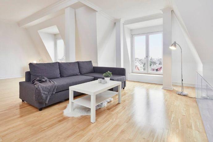 Großzügige Altbauwohnung In Jugendstilhaus Mit Fantatischem Blick