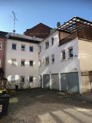 Baugrundstück für MFH im Hinterhaus mit Abbruchhaus zu verkaufen!
