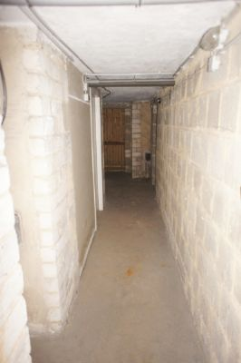Kellerbereich links