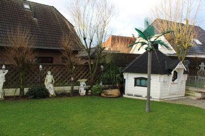 Garten Bild 2/ Grill-Hütte