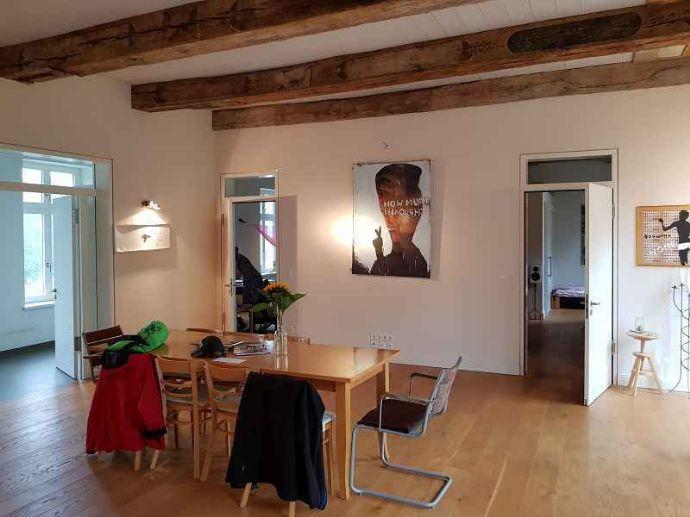 behindertengerechtes WG-Zimmer sucht neuen Bewohner (Auszug bis in ...