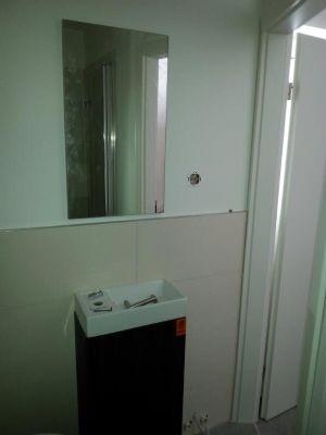 G-WC mit Dusche kleines Haus