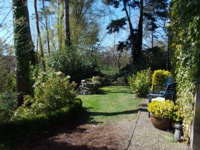 linke Seite Garten