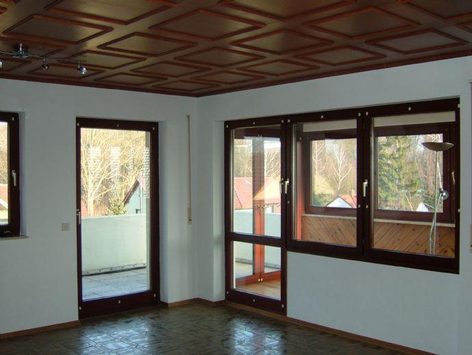 helle ca 95 qm wohnung am kurpark von bad windsheim. Black Bedroom Furniture Sets. Home Design Ideas