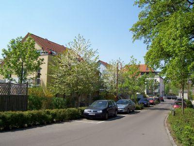 Einfahrt in den Rathenaupark