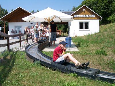Tourismus am Ort (Sommerrodelbahn)