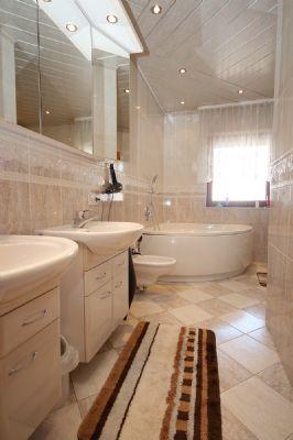 Das Badezimmer im EG_01