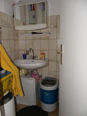 einfamilienhaus mit vermietetem appartement in soltau haus. Black Bedroom Furniture Sets. Home Design Ideas