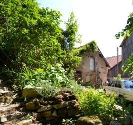 Reizendes Wirtschaftsgebäude auf der Burg Hofberg