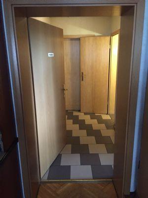 Flur vor Herren-und Damentoilette