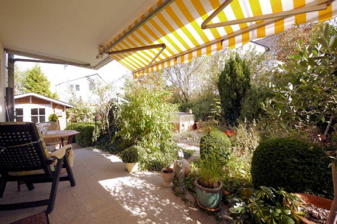 Hochwertige Maisonette-Wohnung mit Terrasse und Garten!