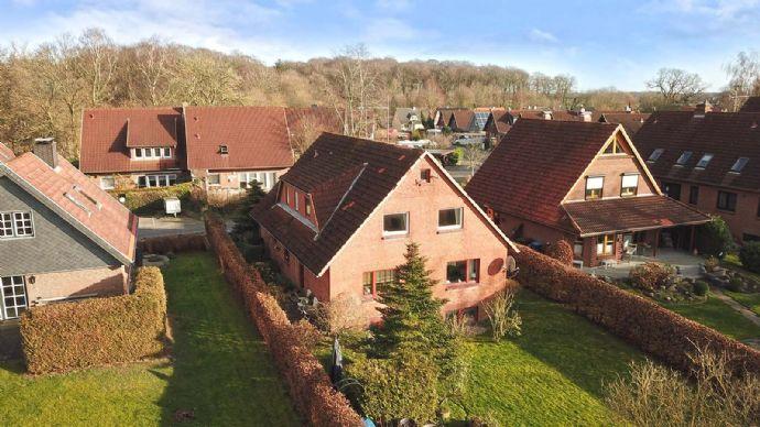 Wohngebäude mit Blick ins Grüne