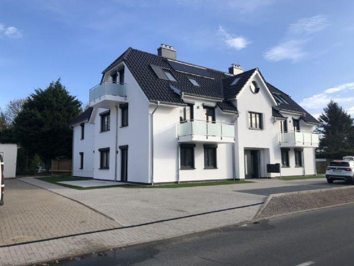 Hochwertige seniorengerechte 4-Raum-Wohnung mit Vollbad, Kaminzug, 2 x Terrasse uvm. im Neubau