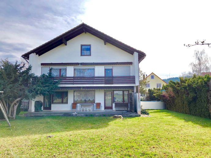 Mehrfamilienhaus mit Doppelgarage in Schiltberg zu verkaufen!