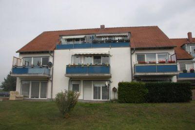 *** schöne 2-Zimmer-Wohnung mit Terrasse und Gartenanteil in grüner Umgebung ***