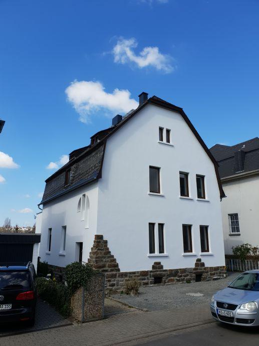 Absolute Rarität! Zweifamilienhaus in bester Wohnlage von Koblenz