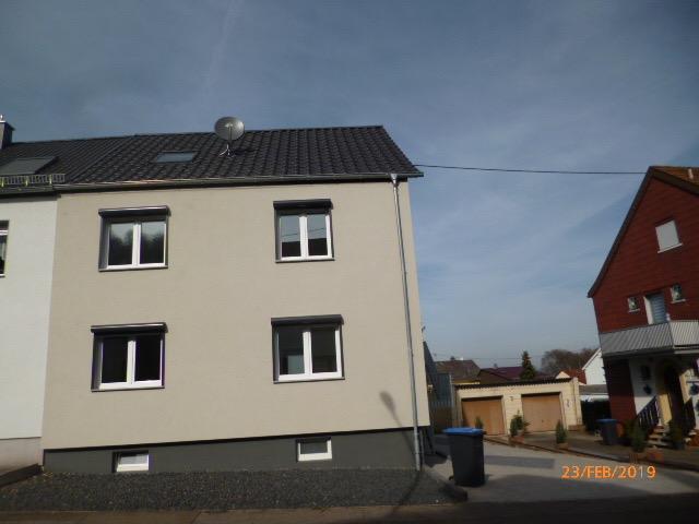Wannemacher Immobilien **** Sehr schönes Haus in Elversberg mit 2 Wohneinheiten ****