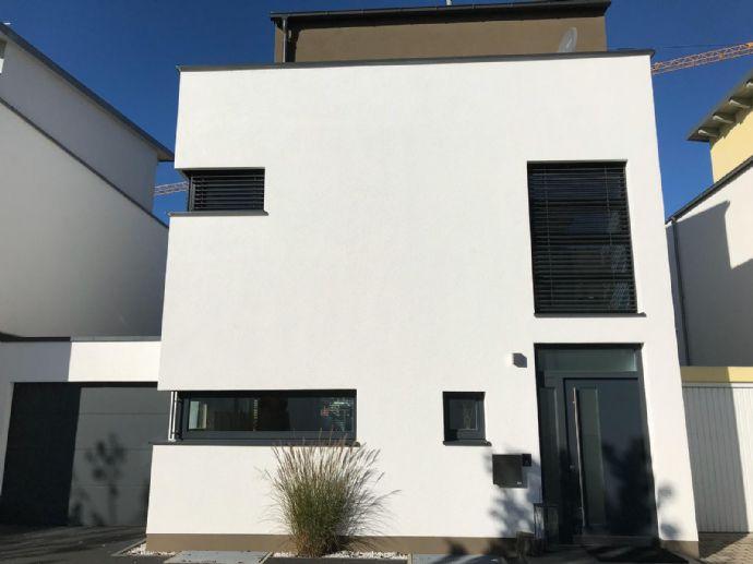 ++ Exklusives Einfamilienhaus in Erding ++ 1A LAGE ++