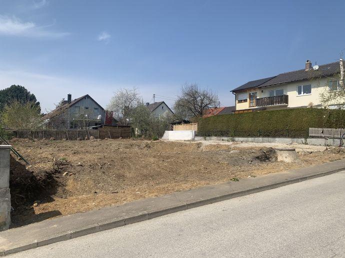 Ruhiges Grundstück direkt in Erdweg