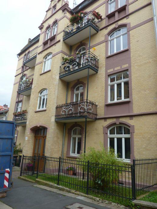 Schöne 2-Zimmer DG Wohnung Liebhaberstück