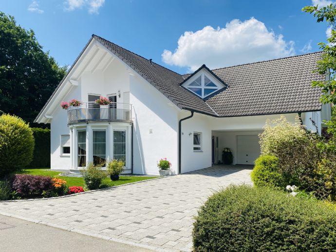 2-Familienhaus auf traumhaftem Grundstück