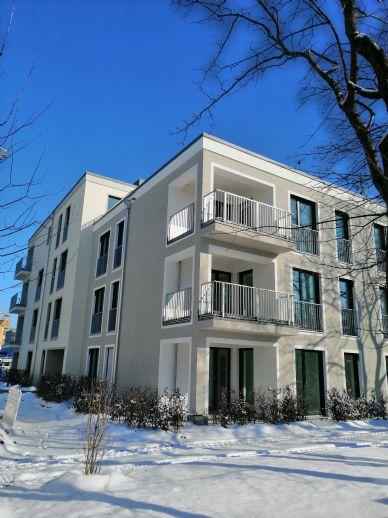 2-Zi. Neubau-Wohnung mit großer Terrasse, moderner EBK und TG-Einzelstellplatz, Nahe S-Bahn Allach
