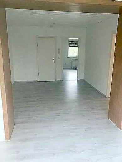 2,5 Raum Wohnung Essen Schönebeck mit Nachtspeicher, Gartennutzung, komplett renoviert