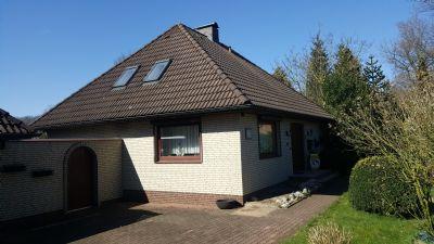 Walmdachbungalow in Sackgassen-Endlage mit ca. 213 qm Wohn/Nutzfläche