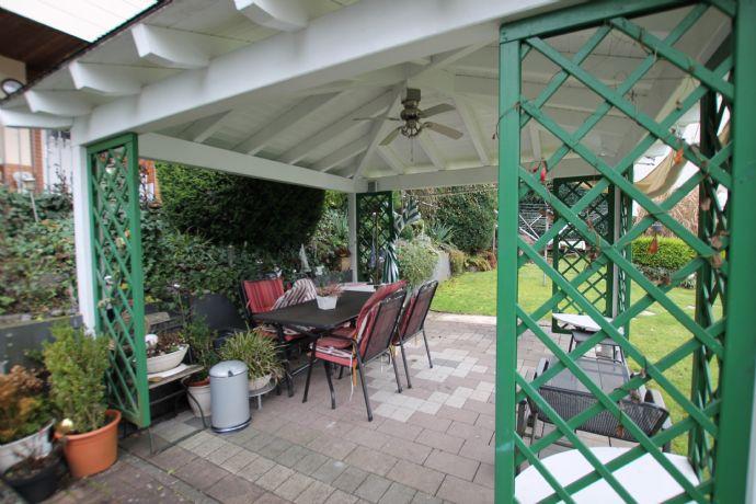 Traumhaft renoviertes Einfamilienhaus mit Einliegerwohnung in Wetzlar- Nauborn