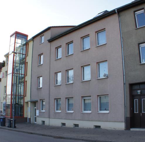 Gepflegtes Mehrfamilienhaus mit 5% Rendite in zentrumsnaher Lage von Merseburg