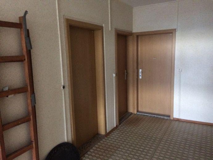 Unrenovierte 2-Zimmer-Wohnung in Greifswald