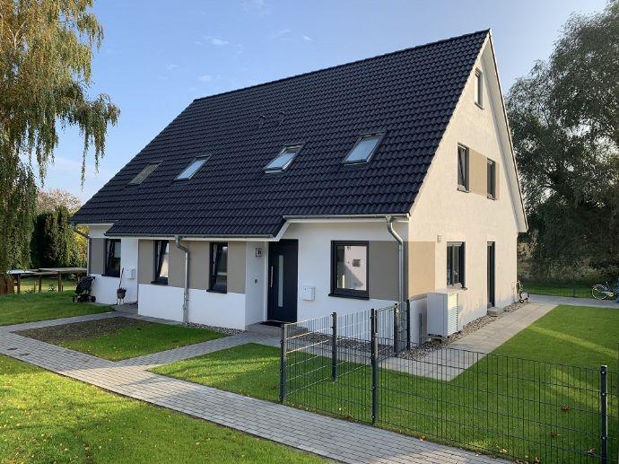 Neubau einer Doppelhaushälfte ca. 105 m² in Wahrsow