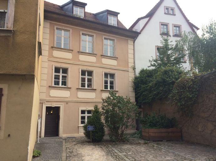 Traumhaftes Denkmal in der Altstadt Nähe Dom mit 7 Wohnungen