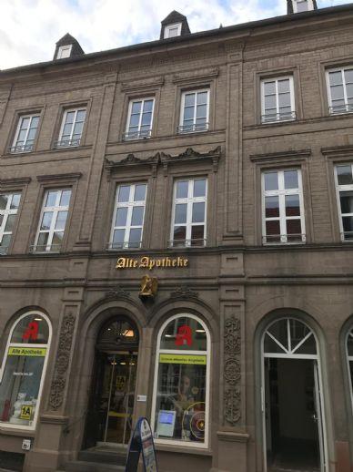 Wunderschöne Altbauwohnung auf dem St. Wendler Schlossplatz, dem kulturelken Zentrum von St. Wendel