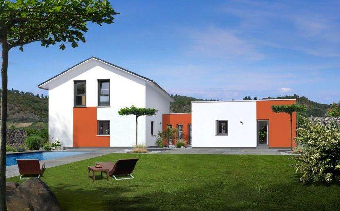 Wohnen und arbeiten unter einem Dach - Modernes EFH mit Büro/Praxis