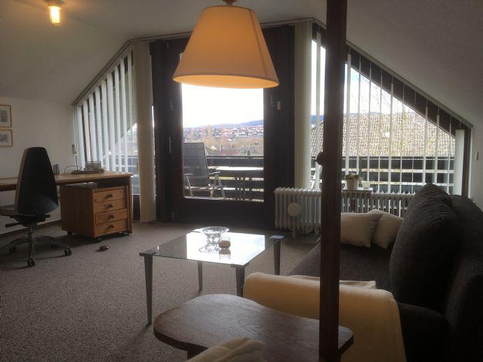 Sehr schöne und gepflegte 2,5-Zimmer-Wohnung mit Einbauküche und Balkon in Vellmar zu vermieten